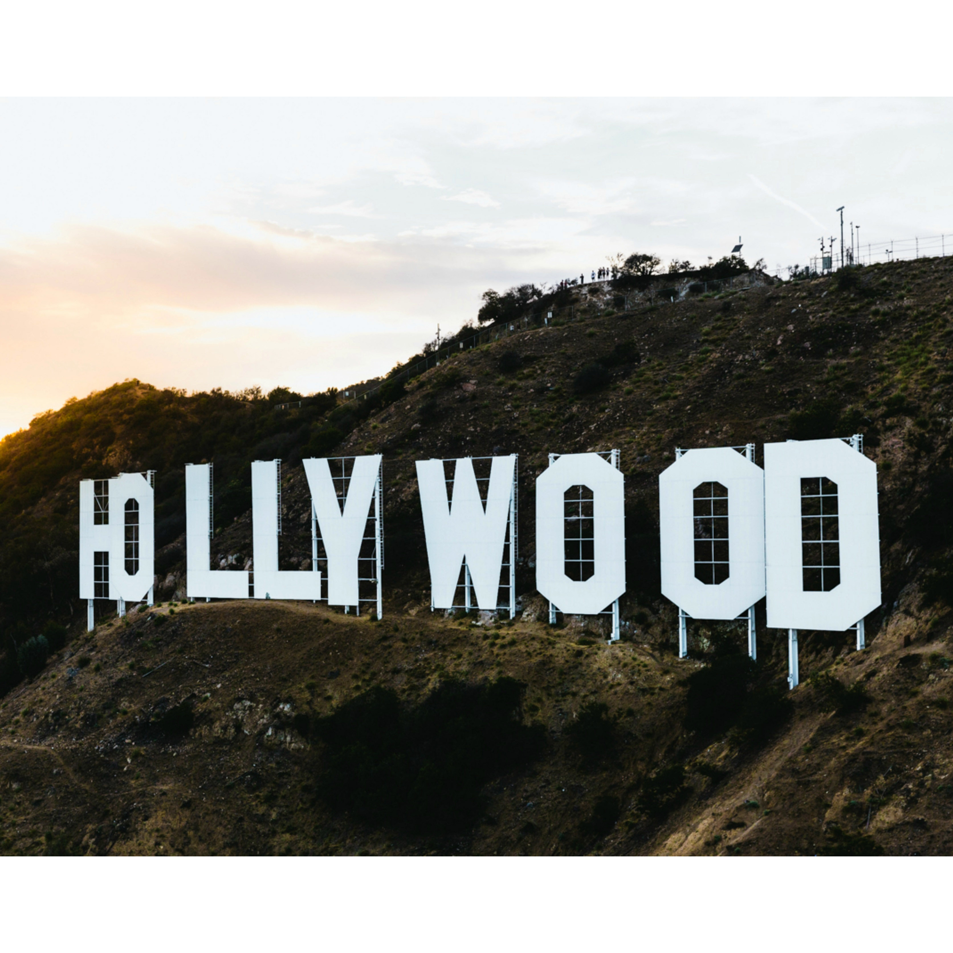 hollywood-on-a-hill-above-los-angeles-california_crop
